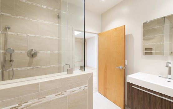 WA Rose Construction turned an old studio apartment into a sleek, beautiful pied a terre.